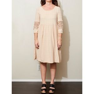 Mod Ref beige lined dress size small